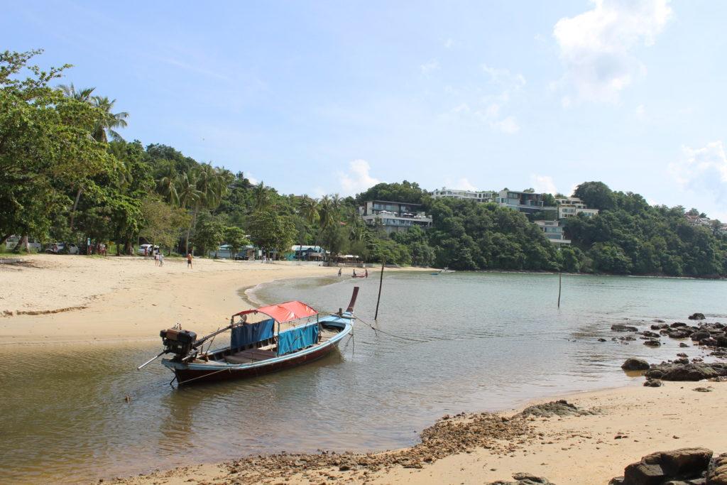 Veduta della spiaggia di Khao Khat Beach